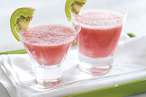 Icy Strawberry Kiwi-tini