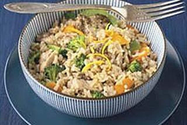 3-Step Greek Chicken & Rice Skillet Image 1