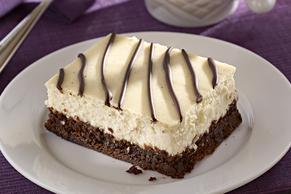 Easy Brownie-Bottom Cinnamon-Orange Latte Cheesecake