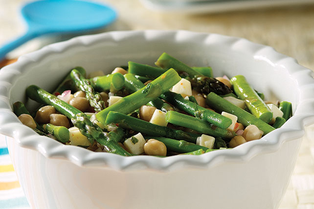 Asparagus and Garbanzo Bean Salad Image 1