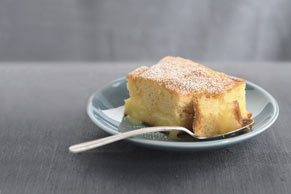 Invernal pastel de limón caliente