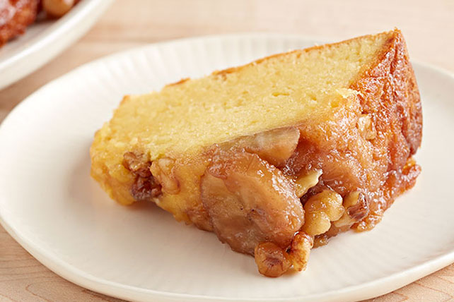 Sour Cream-Banana Upside-Down Cake Image 1
