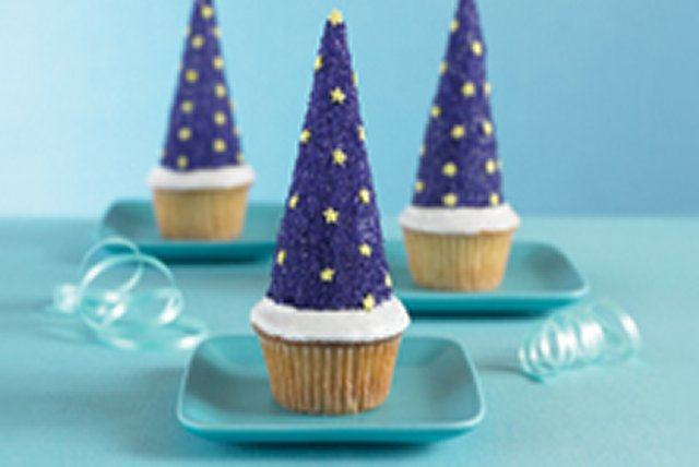 Wacky Wizard Cups Image 1