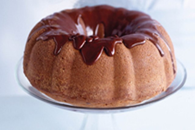 One-Bowl Easy Chocolate Glaze Image 1