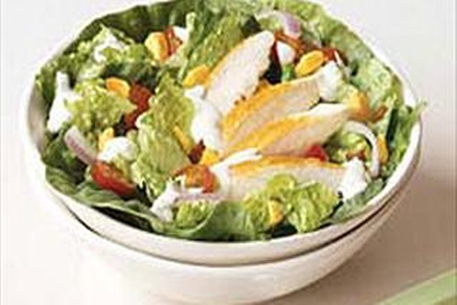 Easy Chicken BLT Salad Image 1