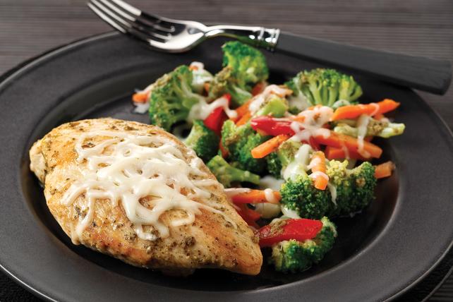 Pollo con verduras y queso mozzarella Image 1