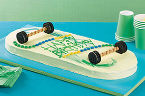 Skateboard Cake Image 1