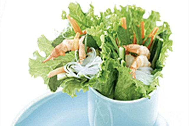 Vietnamese-Style Fresh Rolls Image 1