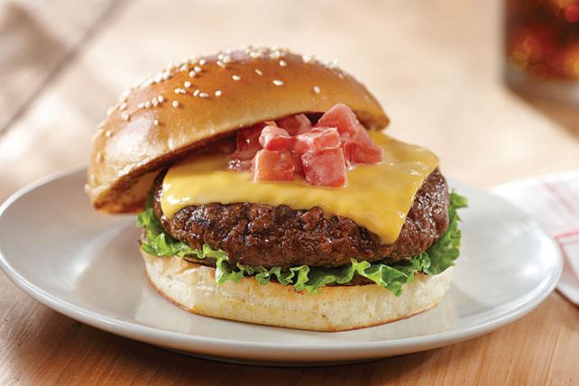 Hamburguesas de churrasquería con queso Image 1
