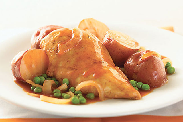 Pollo con papas a la sartén con salsa para asar Image 1