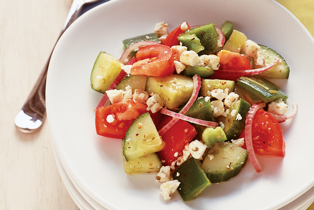 Easy Tomato and Cucumber Salad Image 1