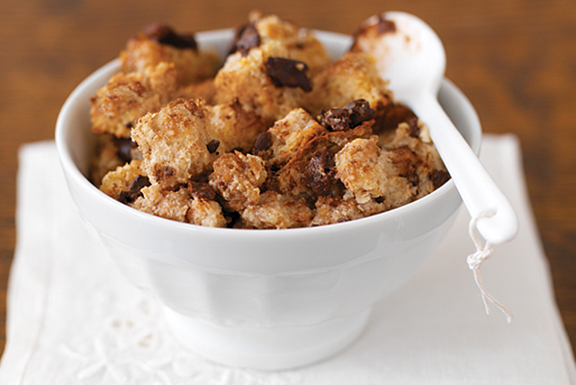Rustic Chocolate-Cinnamon Bread Pudding Image 1
