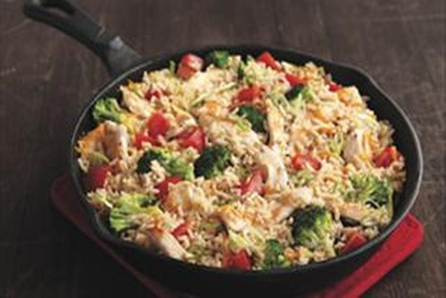 Cheddar Chicken & Rice Skillet Image 1