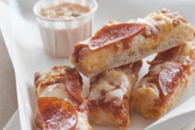 """Pizza con """"dip"""" de salsa velveeta Image 1"""