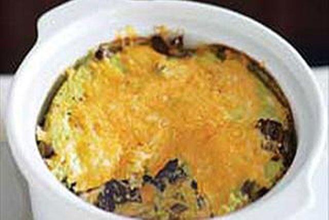 Horneado de carne de res con poblanos y queso Image 1