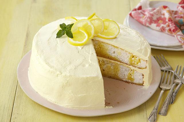 Apetitoso pastel con cobertura y vetas de limón Image 1