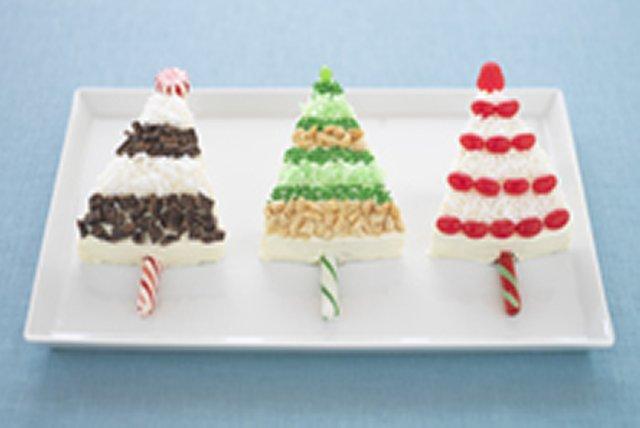 Arbres de Noël étincelants en gâteau Image 1