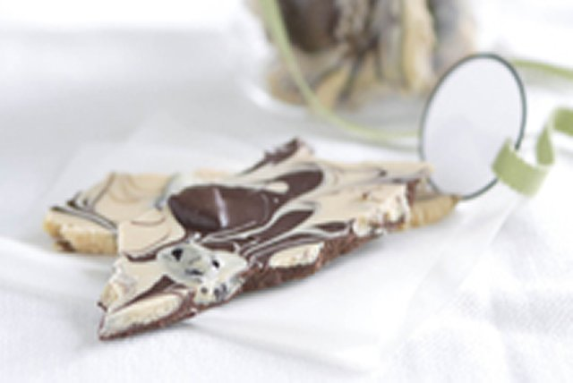 Chocolate Cookie Bark Image 1