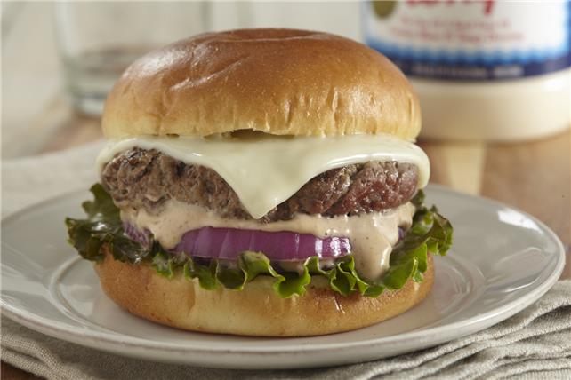 Creamy Steak Sauce Cheeseburgers