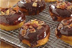 Chocolate-Bacon 'Donuts'