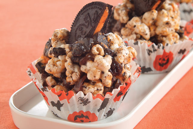 Cookies 'N Cream Jack-o'-Lantern Popcorn Balls Image 1