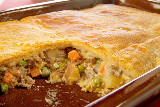 VELVEETA® Easy Cheesy Pot Pie Image 1