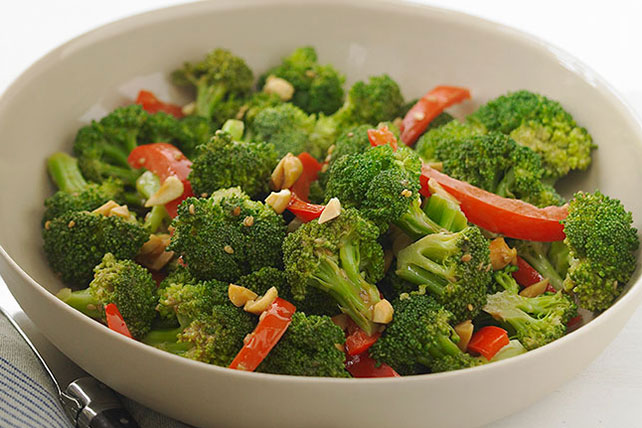 Easy Asian-Style Broccoli with Peanuts Image 1