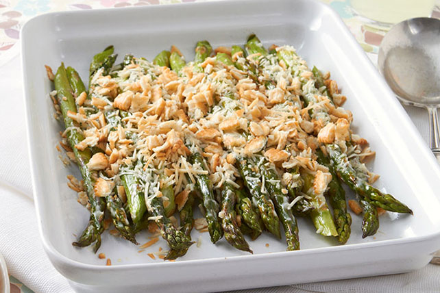 Baked Asparagus with Crunchy Crumb Topping Image 1