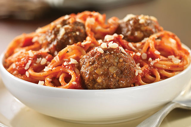 Fresh Grated Parmesan Spaghetti & Meatballs Image 1