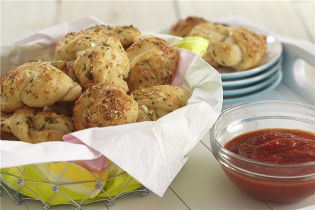 Garlic Knots Recipe Image 1