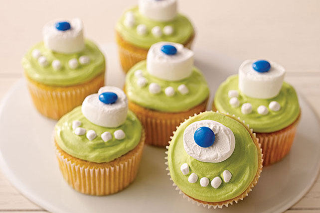 halloween treats one eyed monster cupcakes - Halloween Trets