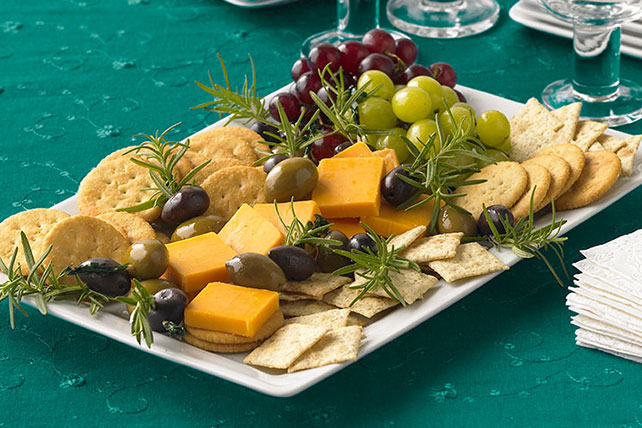 Party cheese plate kraft recipes party cheese plate solutioingenieria Choice Image