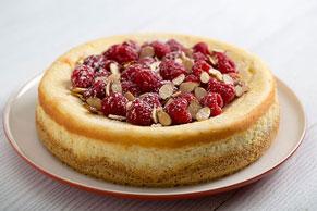 PHILADELPHIA Almond Cheesecake with Raspberries