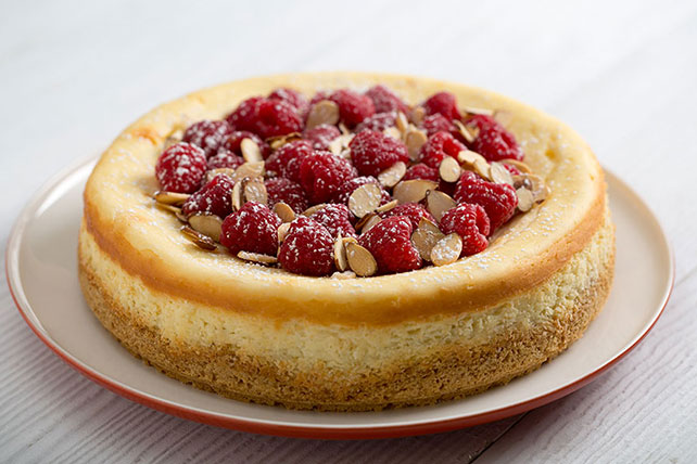 PHILADELPHIA Almond Cheesecake with Raspberries