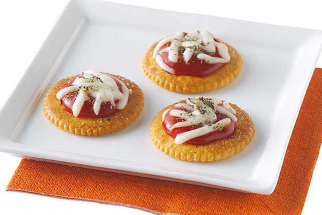 RITZ Pizza Snacks Image 1