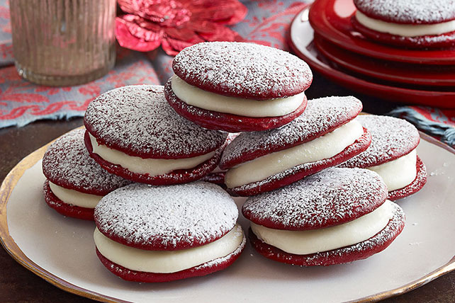 Red Velvet Whoopie Pies - Kraft Recipes