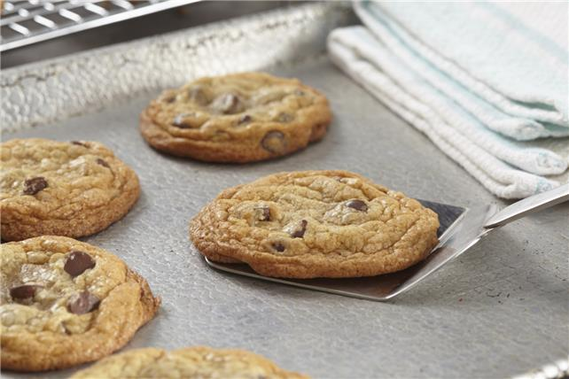 Soft Chocolate Chip Cookies Image 1