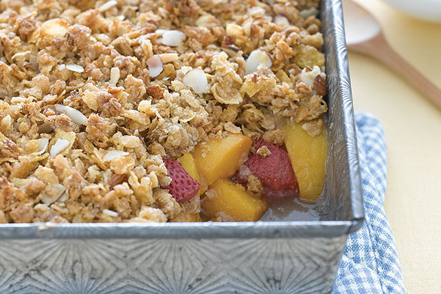Strawberry-Peach Crisp Image 1