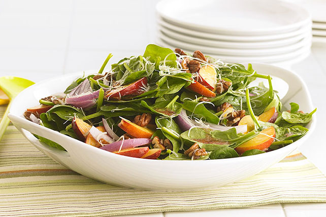 Summer Fresh Spinach Salad Image 1