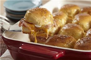 Sweet Hawaiian Ham Sliders