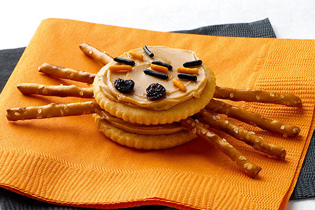 RITZ Spider Snacks