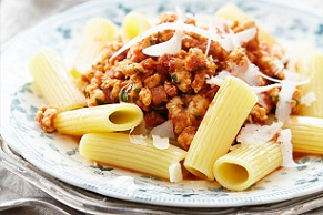 Rigatoni with Chicken Bolognese