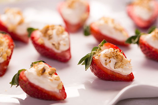 Strawberry-Cream Cheese Bites Image 1