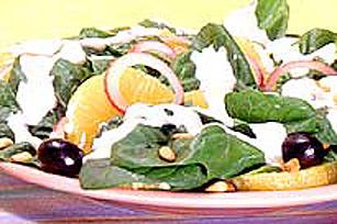 Salade aux épinards sur tortillas