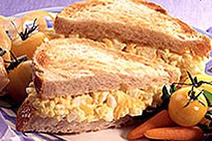 Sandwichs grillés aux œufs et à la MIRACLE WHIP Image 1