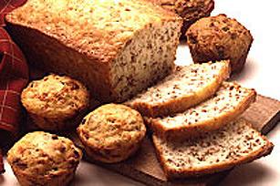 Classic Pumpkin-Date Loaf Image 1