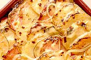 Gratin de jambon et de pommes de terre du jeu blanc Image 1