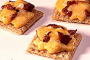 Bacon Cheddar Snacks Image 1