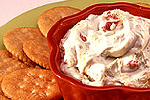 Pesto Cream Cheese Dip Image 1