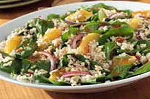 Salade au riz, aux épinards et aux agrumes